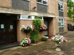 Flat To Let  Valley House Nottinghamshire NG7