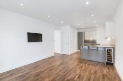 Flat To Let  Quarter House Greater London SW18