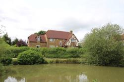 Detached House To Let  Lynmouth Crescent Buckinghamshire MK4