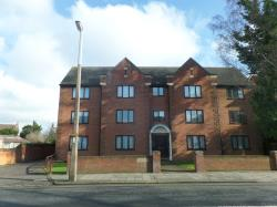 Flat To Let  Beaumont House Bedfordshire MK40