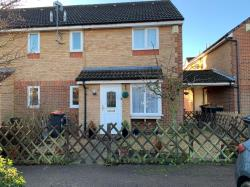 Terraced House To Let Riverfield Drive Goldington Bedfordshire MK41
