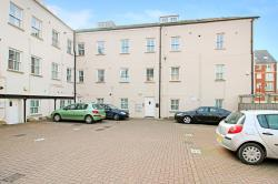 Flat For Sale  Trowbridge Wiltshire BA14