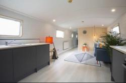 Detached House For Sale  The Modern Canal Boat Middlesex TW8
