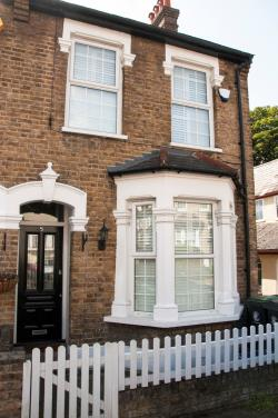 Terraced House For Sale  Woodford Essex IG8