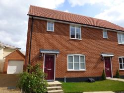 Semi Detached House To Let  Bury St Edmunds Suffolk IP33