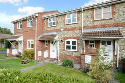 Terraced House To Let  Bagshot Surrey GU19