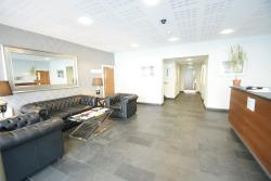 Flat To Let  Admiral House Glamorgan CF24