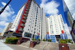 Flat For Sale  Landmark Place Glamorgan CF10