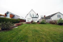 Detached House For Sale  Sully  Glamorgan CF64