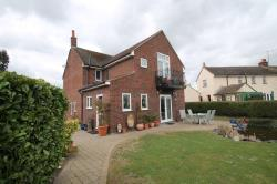 Detached House To Let  Boreham Essex CM3