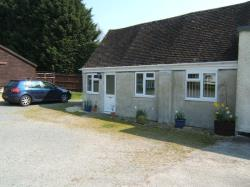 Detached Bungalow To Let  Holmlea Farm Gloucestershire GL51