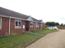 Terraced Bungalow To Let  Compton Mews Essex CO4