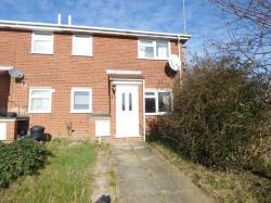 Semi Detached House To Let  Colchester Essex CO4