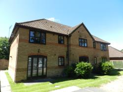 Flat To Let  West Green West Sussex RH11