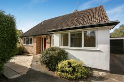 Detached House To Let  Croydon Surrey CR0
