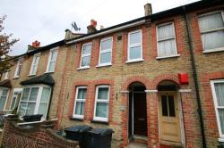 Flat To Let  Lebanon Road Surrey CR0