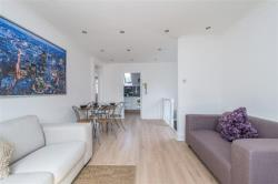 Flat To Let  Chatsworth Road Surrey CR0