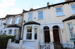Terraced House To Let  London Greater London SE25