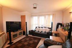 Flat To Let 155a Cherry Orchard Road Croydon Surrey CR0