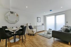 Flat To Let  Crystal Palace Greater London SE19