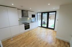 Terraced House To Let  Crystal Palace Greater London SE19