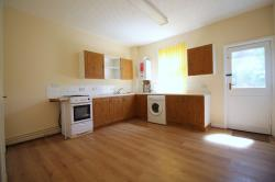 Terraced House To Let  Doncaster South Yorkshire DN1
