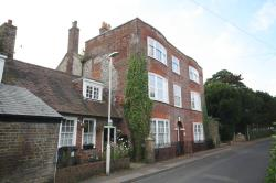 Flat To Let  River Kent CT17