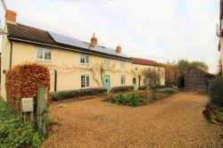 Detached House For Sale  East Ferry Lincolnshire DN21
