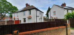 Semi Detached House To Let  Scunthorpe Lincolnshire DN15