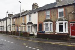Terraced House For Sale  High Wycombe Buckinghamshire HP11