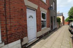 Terraced House To Let  Nottingham Nottinghamshire NG15
