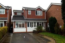 Detached House To Let  Hucknall Nottinghamshire NG15