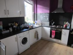 Detached House To Let  Newsome West Yorkshire HD4