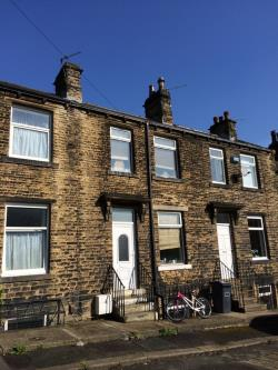 Terraced House To Let  Stanley Street West Yorkshire HD1