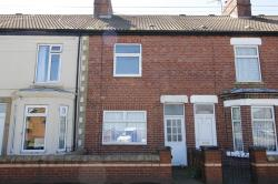 Terraced House To Let  Leeds Road West Yorkshire WF10