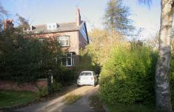 Semi Detached House To Let  Huby West Yorkshire LS17