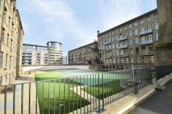 Flat To Let Victoria Mills Shipley West Yorkshire BD17