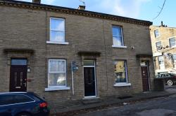 Terraced House To Let  Baildon West Yorkshire BD17