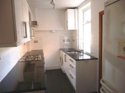 Terraced House To Let West End Leicester Leicestershire LE3