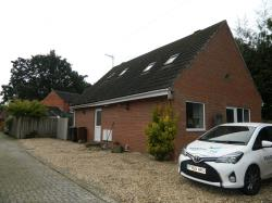 Detached Bungalow To Let  Lincoln Lincolnshire LN6