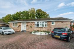 Detached Bungalow For Sale  Lincoln Lincolnshire LN4
