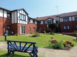 Flat For Sale  Woolton Merseyside L25