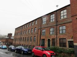 Flat To Let  Mill Road Cheshire SK11