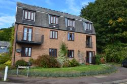 Flat To Let  Lower Upnor Kent ME2