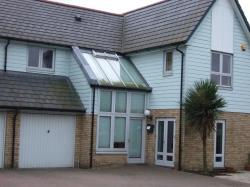 Detached House To Let  Dunlin Drive Kent ME4