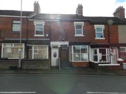Terraced House To Let  Porthill Staffordshire ST5