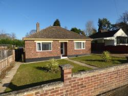 Detached Bungalow To Let  Newmarket Suffolk CB8