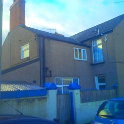 Flat To Let Off Caerleon Road Newport Gwent NP19