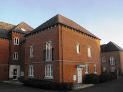 Flat To Let  Granada Court Gwent NP10