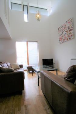 Flat To Let  Oxford Castle Oxfordshire OX1